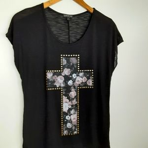 mmcmmcmm studded floral tee Size small